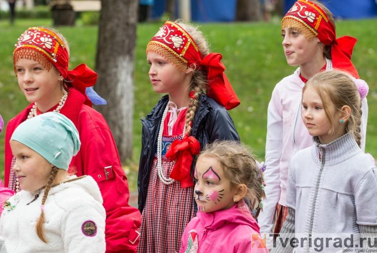 1-sentjabrja-2013-v-gorodskom-sadu-tveri-11