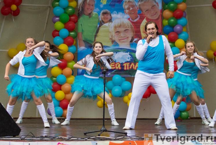 1-sentjabrja-2013-v-gorodskom-sadu-tveri-35