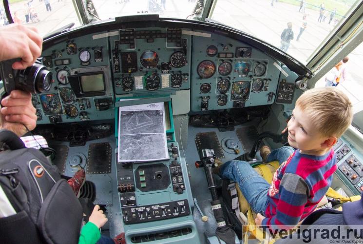 70-letie-so-dnja-obrazovanija-6955-gvardejskoj-aviacionnoj-minskoj-bazy-24