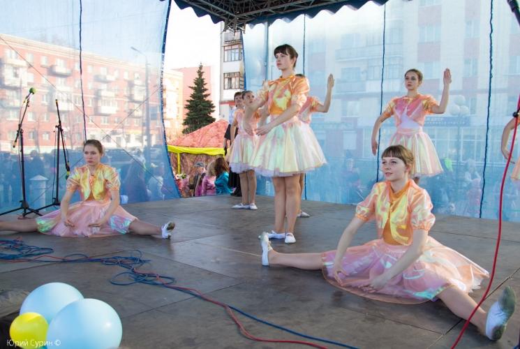 fontan-na-komsomolskoj-ploshhadi-v-tveri-2013-12_0