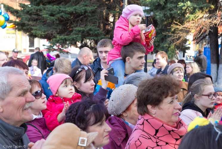 fontan-na-komsomolskoj-ploshhadi-v-tveri-2013-14_0