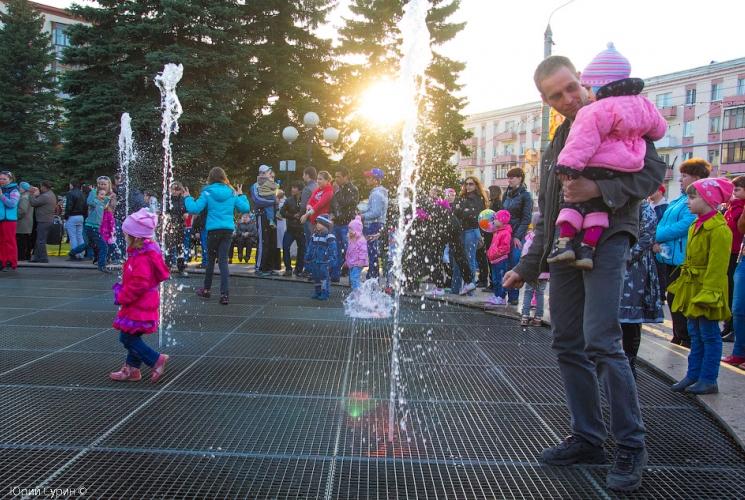Открытие Фонтана на Комсомольской площади в Твери