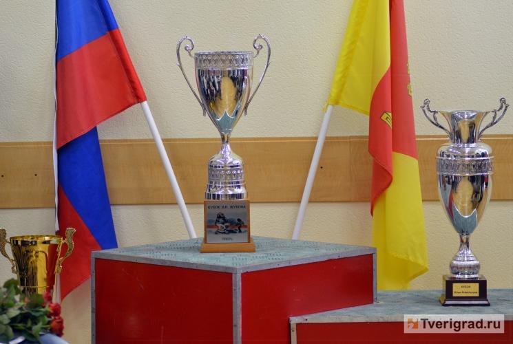 Кавагути - Смирнов (пресса с июня 2015) - Страница 3 Thumbs_8