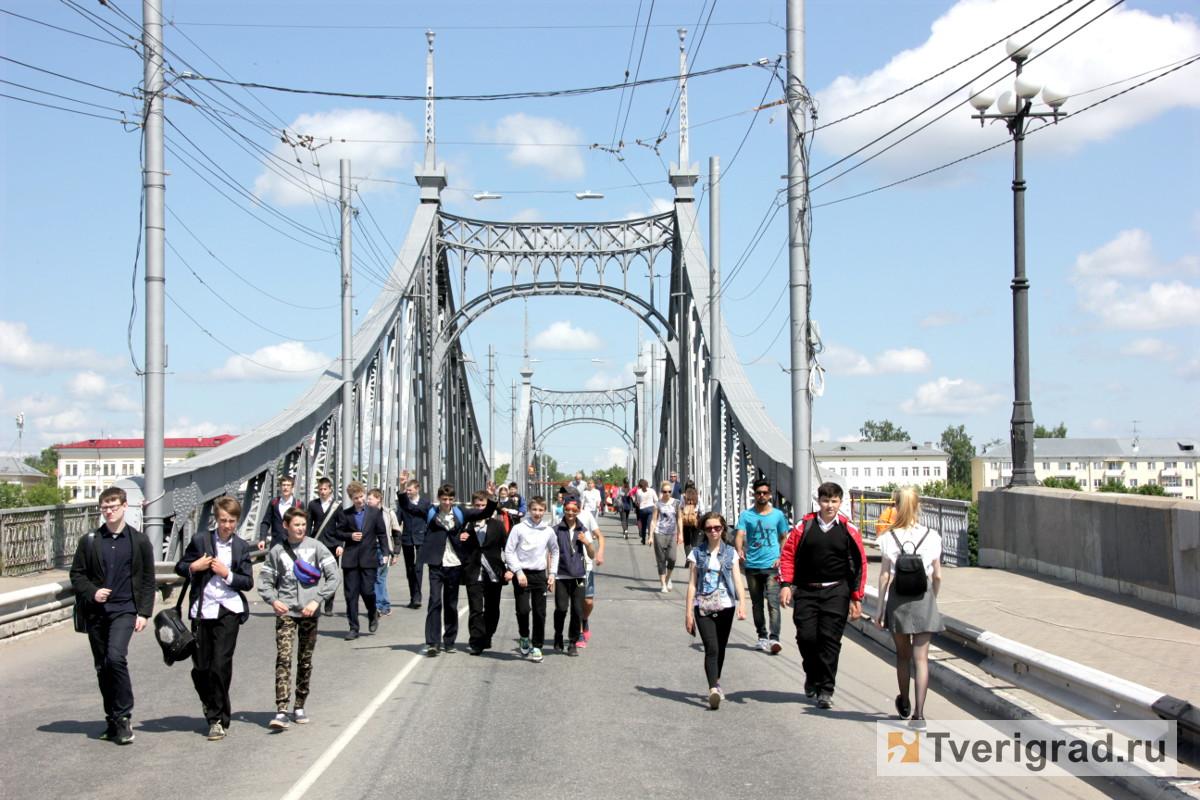 http://tverigrad.ru/wp-content/gallery/pokraska-starogo-mosta/IMG_0957.JPG