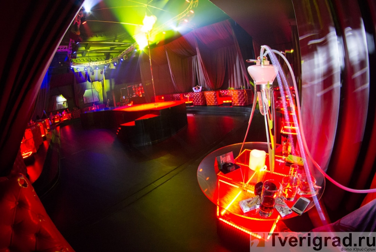 striptiz-holl-podium-v-tveri-13