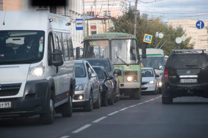 В 13.00 общественный транспорт прекратит свою работу