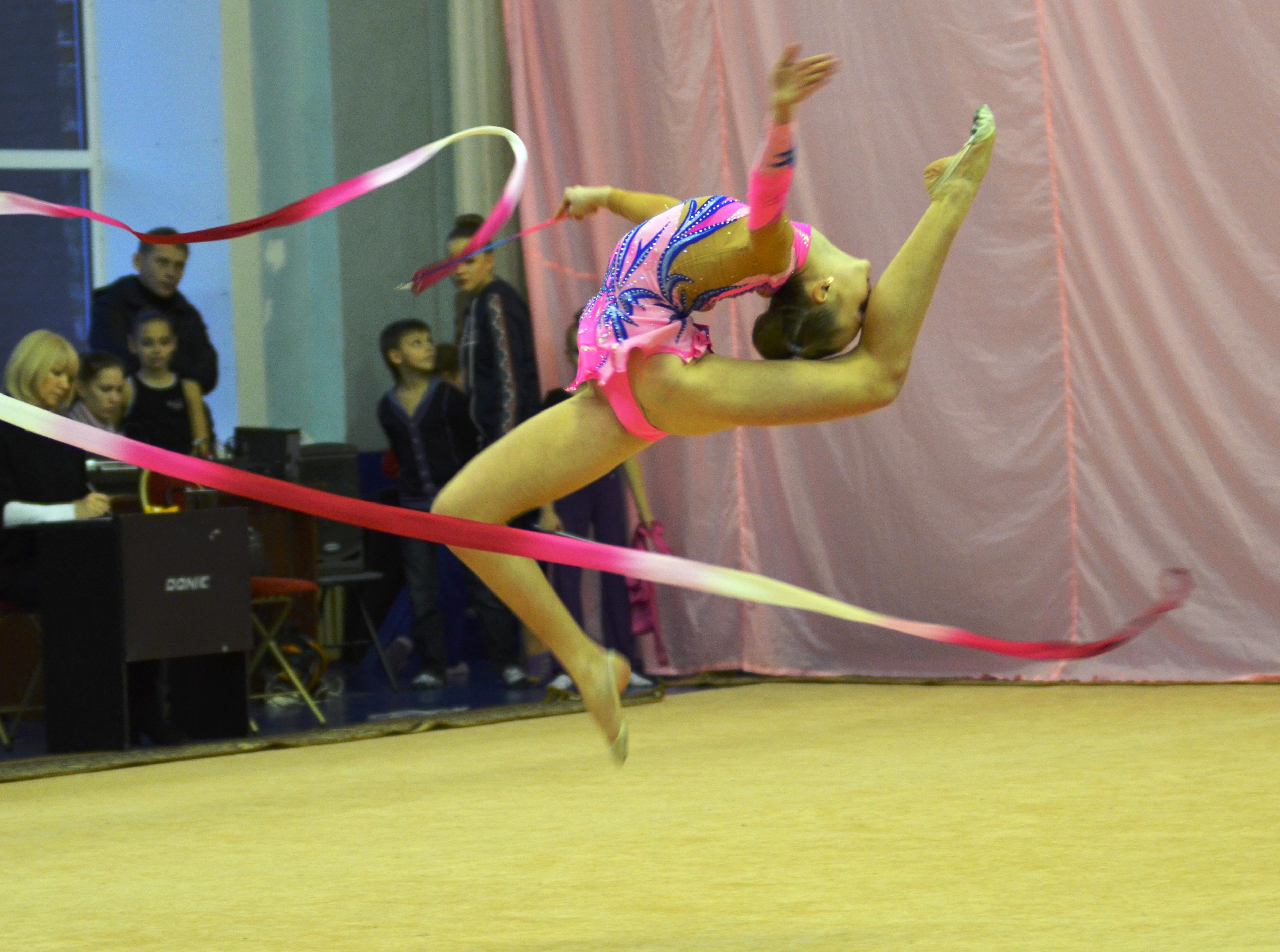 Фото гимнасток с предметом 6 фотография