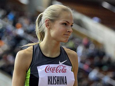 Сексапильная Дарья Клишина оголяется на фото и видео