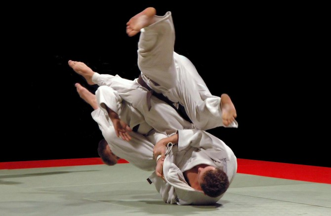 На соревнованиях по джиу-джитсу