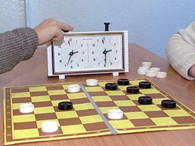 На соревнованиях по русским шашкам