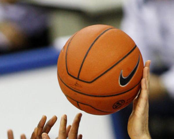 На Кубке губернатора по баскетболу