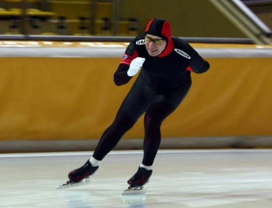 Вадим Морозов на ледовой дорожке в Коломне