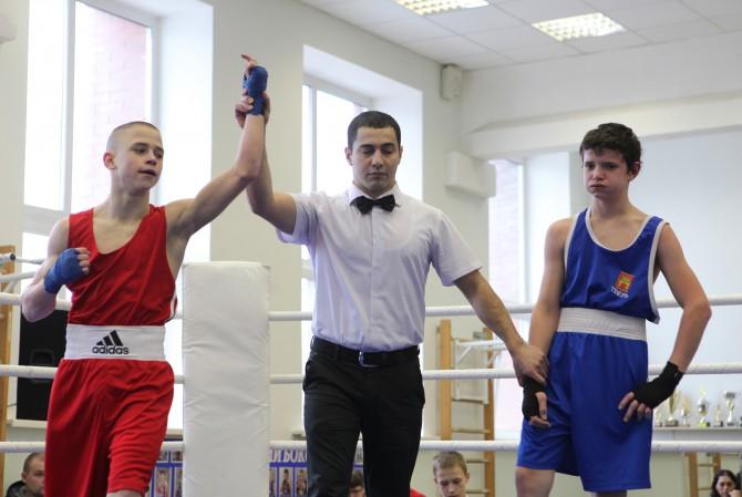 Побеждает Павел Бобков