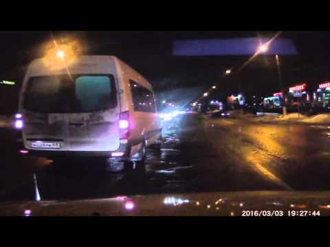 Злостное нарушение ПДД водителем маршрутки в Твер