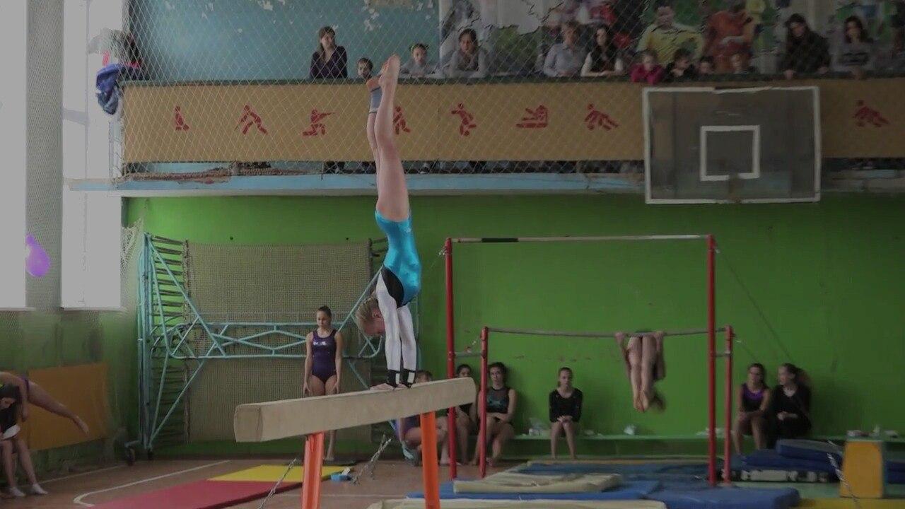 На соревнованиях по спортивной гимнастике в Осташкове