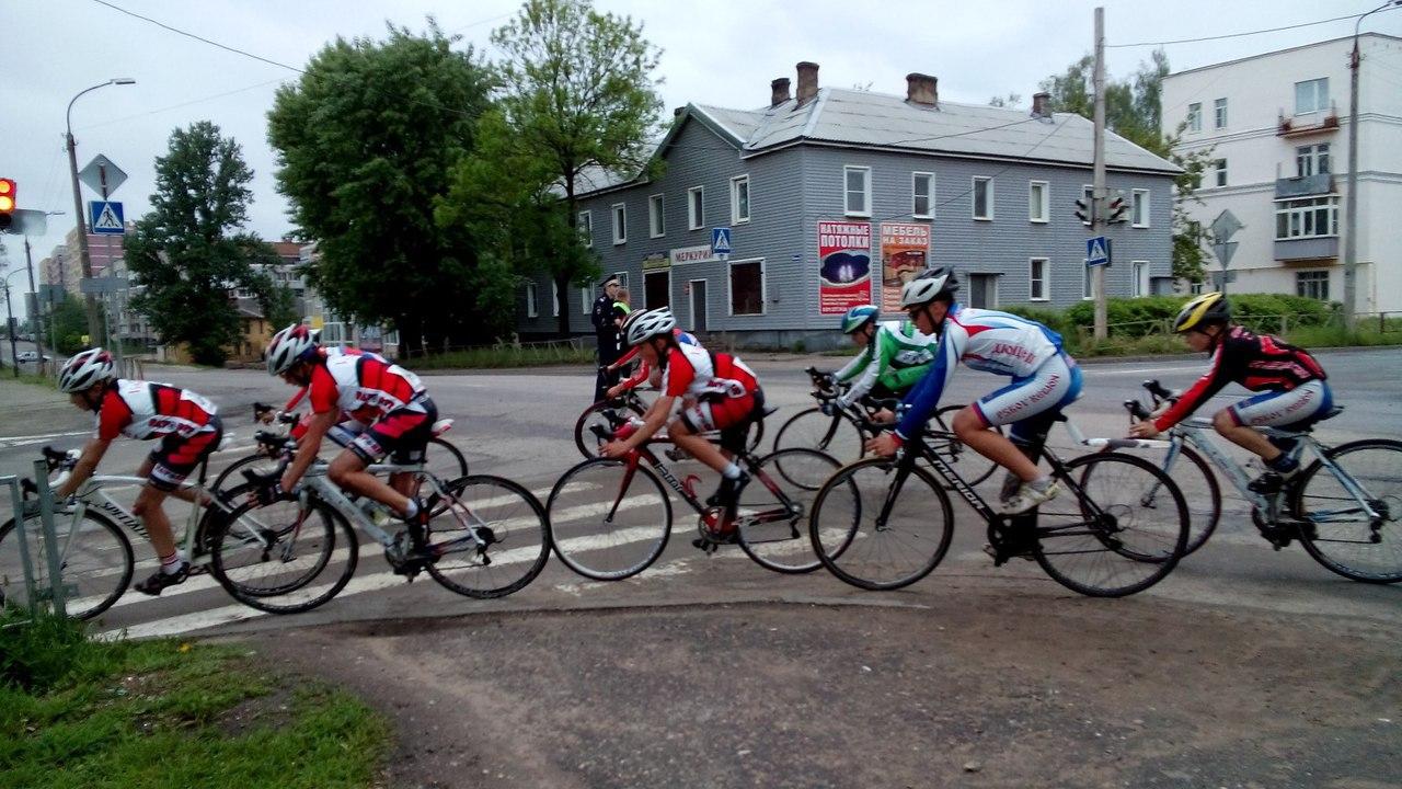 Соревнования по велоспорту в Великих Луках