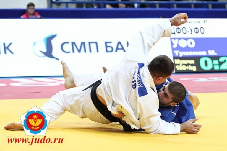 Вице-чемпионы РФ: Тверские дзюдоисты Бобиков иАмбарцумова