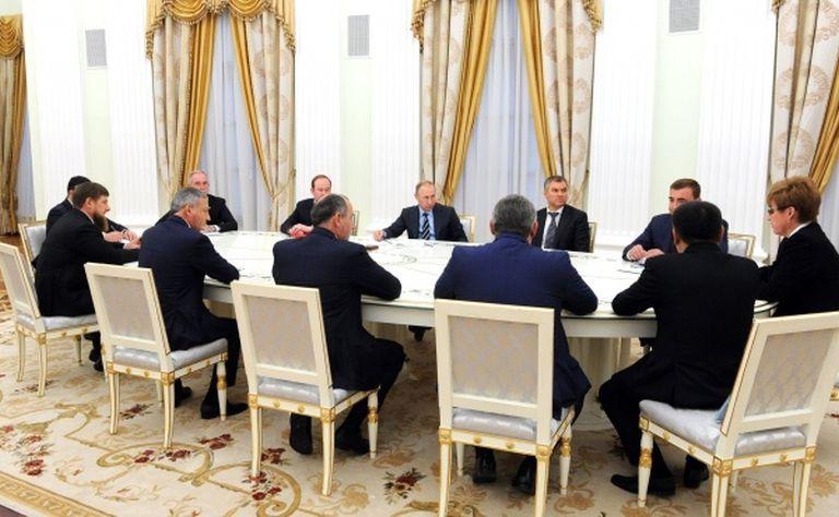 Дюмин принял участие вовстрече Владимира Путина свновь избранными губернаторами