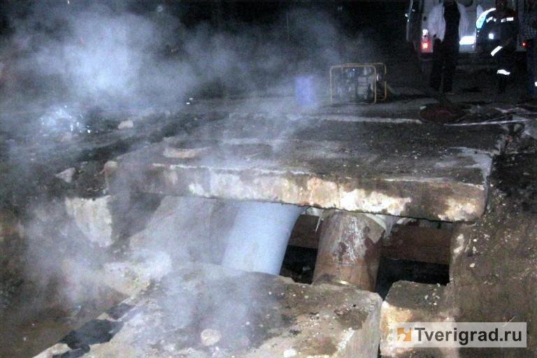 Труп мужчины обнаружили вразрытой теплотрассе вТвери