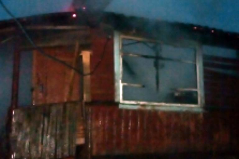ВТоропце напожаре погибли мужчина и небольшой ребенок