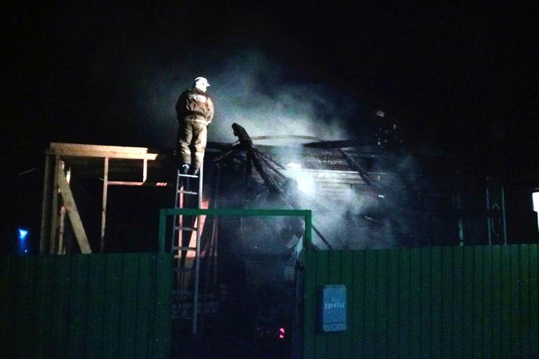 Пожар вРжеве забрал жизнь 15-летней девушки иееотца