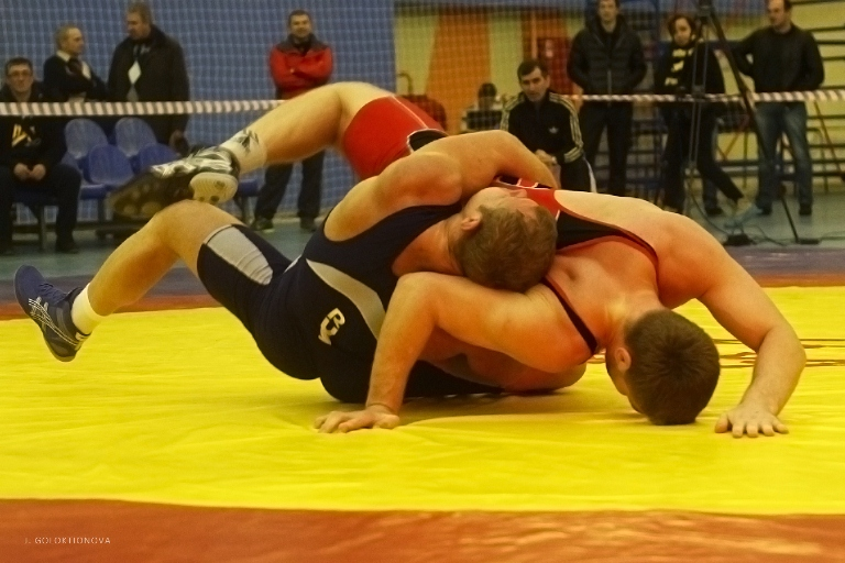 Никита Шкарин завоевал «бронзу» вчемпионате Российской Федерации погреко-римской борьбе