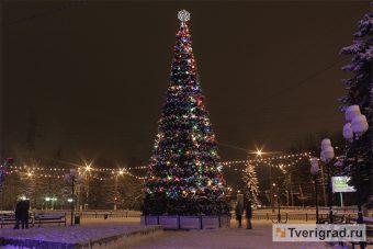 новогодняя ёлка, комсомольская площадь