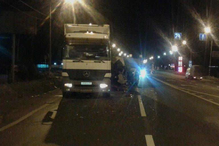 Под Тверью шофёр убежал сместа трагедии, оставив труп ираненного пассажира