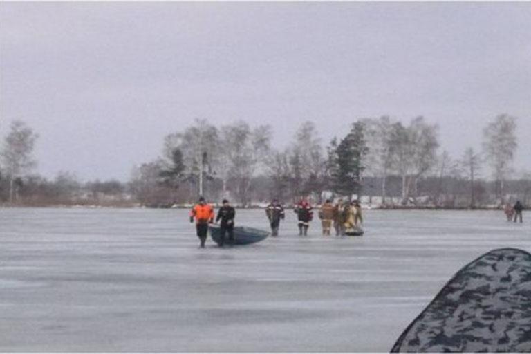ВКалязинском районе cотрудники экстренных служб сняли сльдины семерых рыбаков