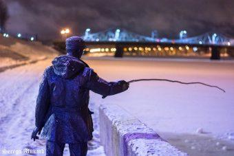 памятник рыбаку