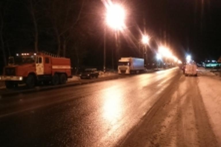 ВТверской области поезд столкнулся сгрузовым автомоблем