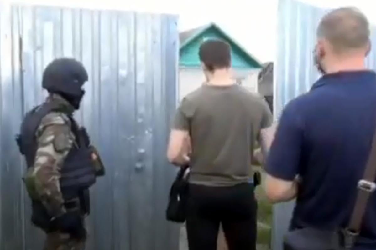 В Тверской области полиция и спецназ устроили облаву на банду «чёрных риэлторов»