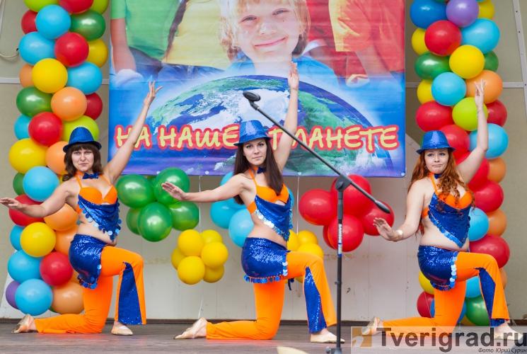 1-sentjabrja-2013-v-gorodskom-sadu-tveri-14