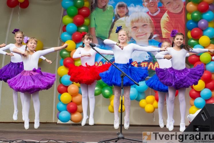 1-sentjabrja-2013-v-gorodskom-sadu-tveri-26