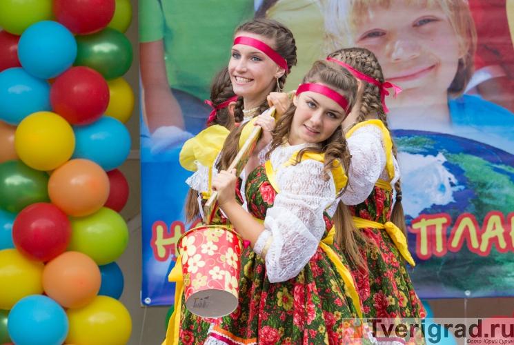 1-sentjabrja-2013-v-gorodskom-sadu-tveri-28
