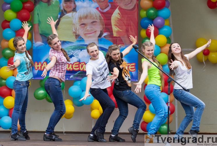 1-sentjabrja-2013-v-gorodskom-sadu-tveri-29