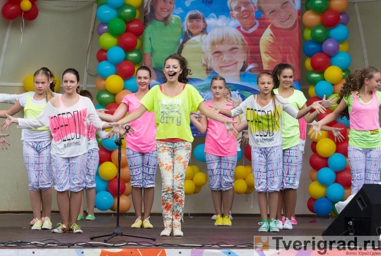 1-sentjabrja-2013-v-gorodskom-sadu-tveri-30