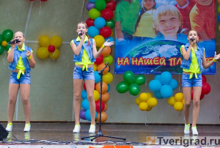 1-sentjabrja-2013-v-gorodskom-sadu-tveri-31