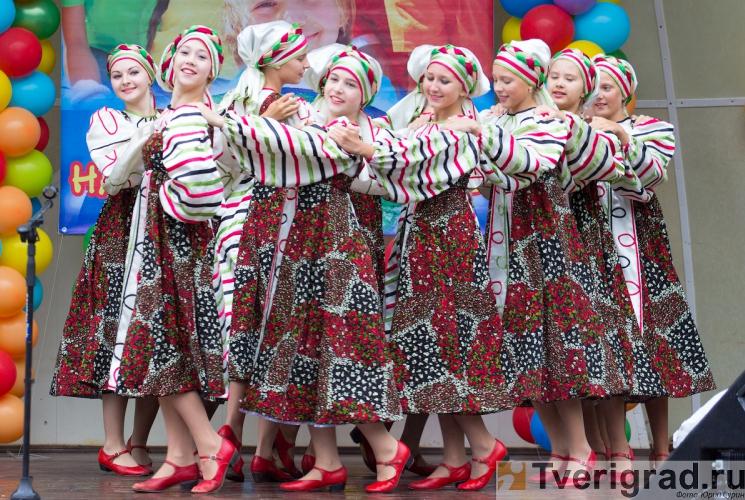 1-sentjabrja-2013-v-gorodskom-sadu-tveri-37