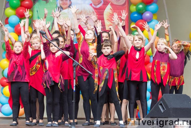 1-sentjabrja-2013-v-gorodskom-sadu-tveri-7