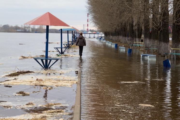 Волга вышла из берегов