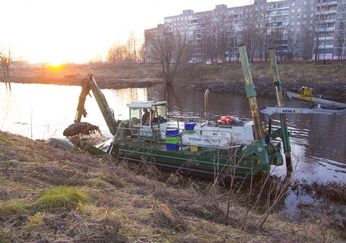 clearing_river_tmaka