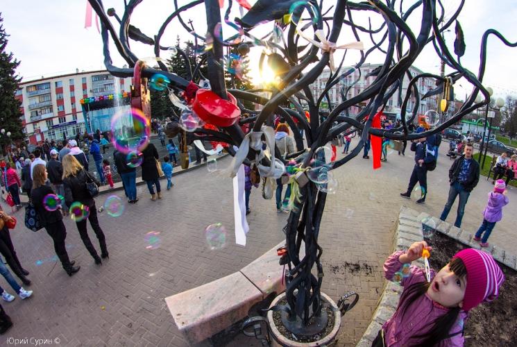 fontan-na-komsomolskoj-ploshhadi-v-tveri-2013-32