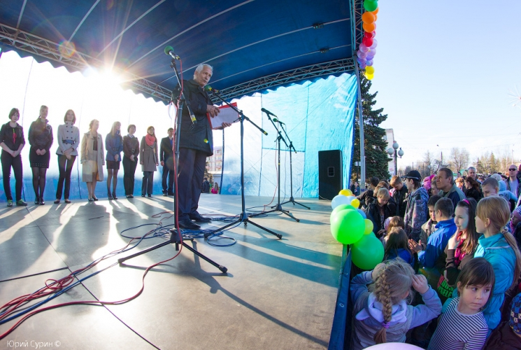 fontan-na-komsomolskoj-ploshhadi-v-tveri-2013-5