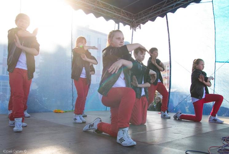 fontan-na-komsomolskoj-ploshhadi-v-tveri-2013-9