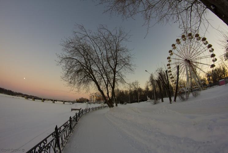 tver-gorodskoj-katok-u-starogo-mosta-11