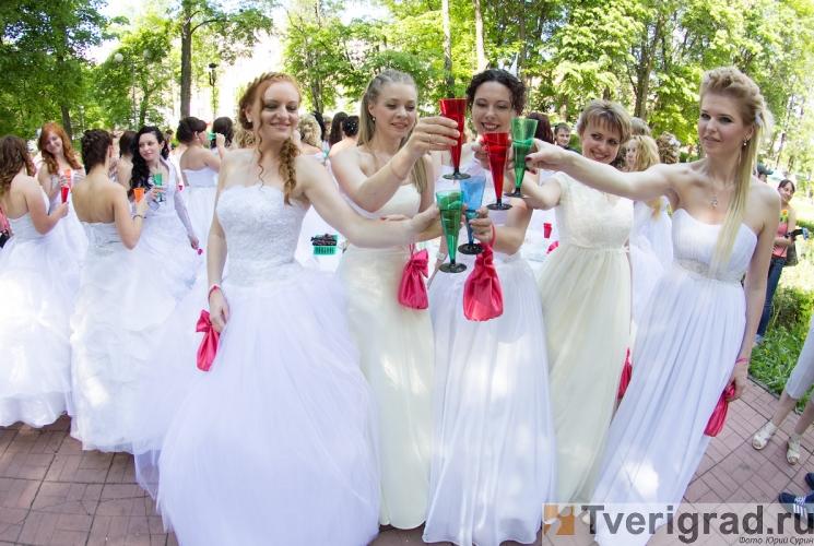sbezhavshie-nevesty-2013-4