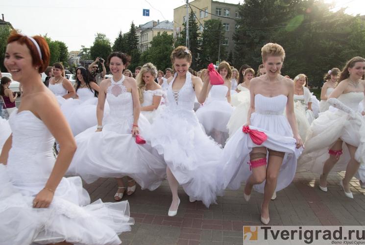 sbezhavshie-nevesty-2013-57