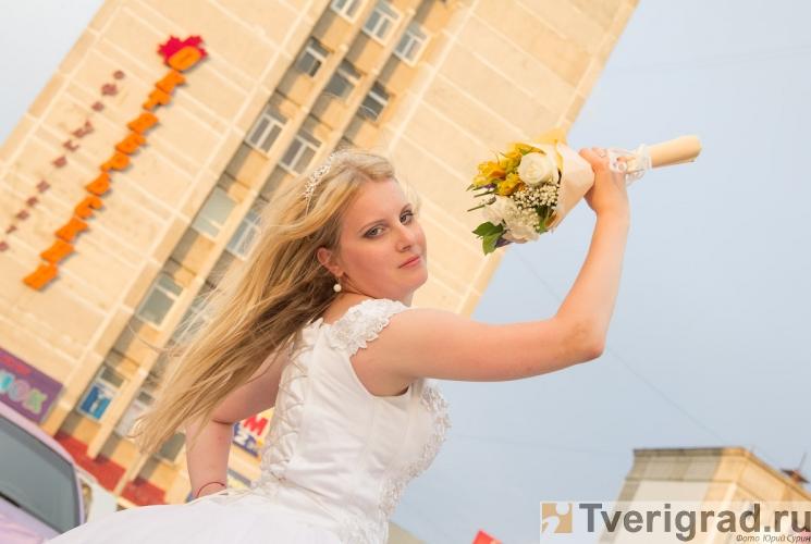 sbezhavshie-nevesty-2013-80