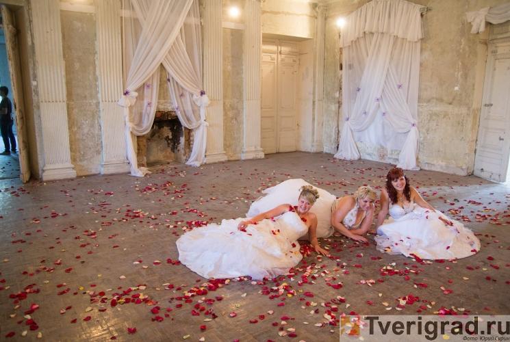 sbezhavshie-nevesty-cosmo-tver-2012-12